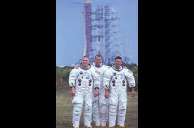 Frank Borman, James Lovell, and William Anders begin the first manned journey from the Earth to the Moon.
