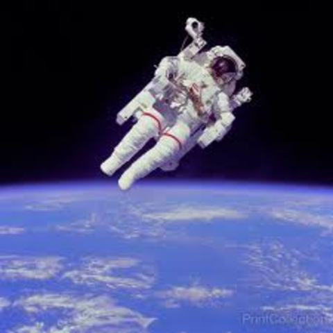 The untethered space walk