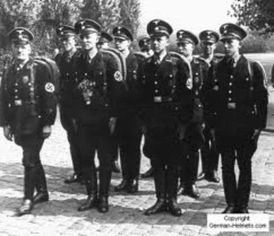 SS and French police meet