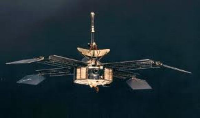 Mariner 4 Capures Mars
