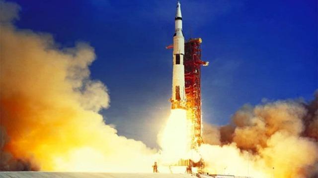 First Men on Moon