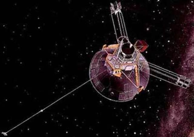 Pioneer 11 Captures Saturn