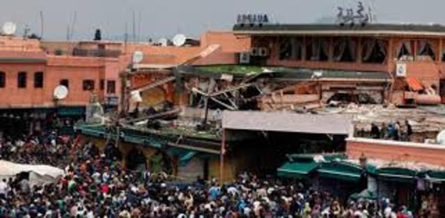 UN GRUPO TERRORISTAS ISLAMISTAS PROVOCA UN ATENTADO EN MADRID EN EL QUE MUEREN CASI 200 PERSONAS