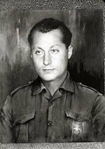 El general Primo de Rivera de un golpe de Estado y comienza una dictadura.