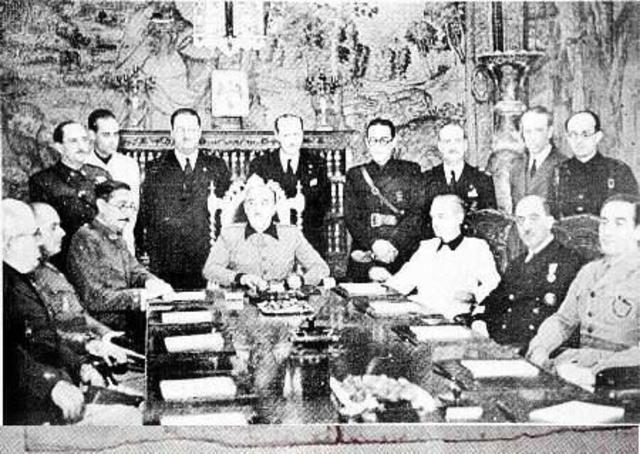 Termina la guerra civil y comienza la dictadura de Franco