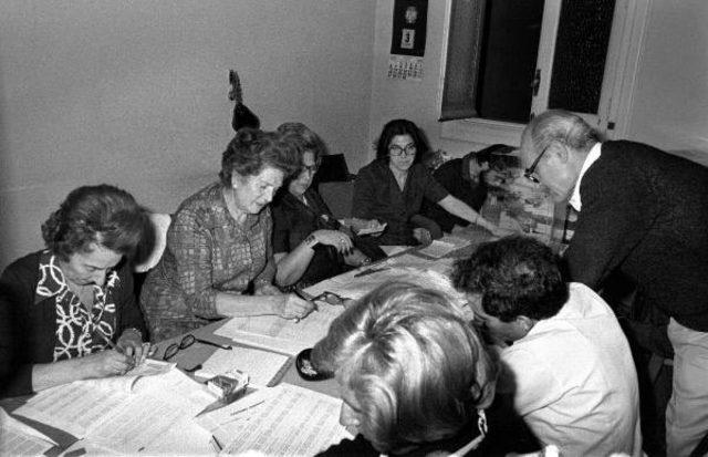 Se celebran las primera elecciones democráticas en España desde 1936