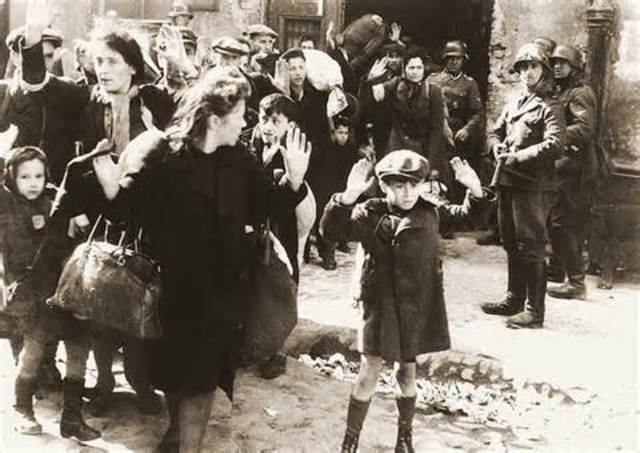 Warsaw Ghetto Uprising. Waffen-SS attacks Jewish resistance in the Warsaw ghetto.