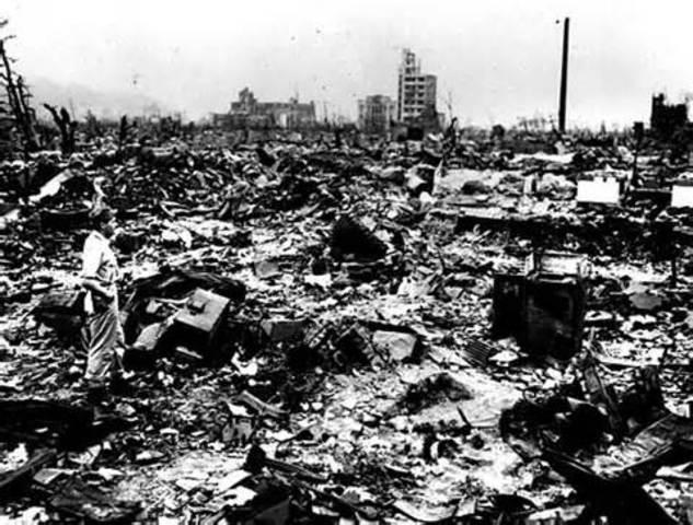 Second atomic bomb dropped, on Nagasaki, Japan.