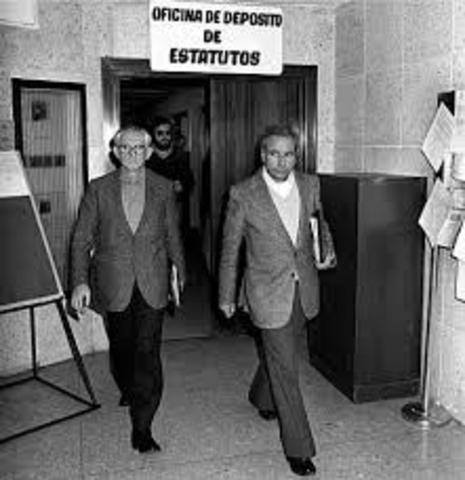 SE CELEBRAN LAS PRIMERAS ELECCIONES DEMOCRÁTICAS DE ESPAÑA DESDE 1936