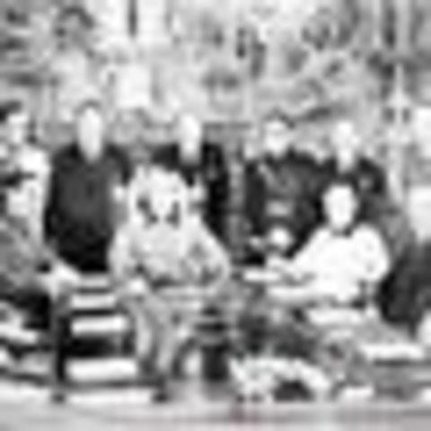 Termina la guerra civil y empieza la dictadura del general Franco