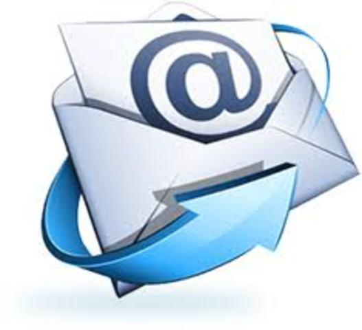 Se envía el primer e-mail entre dos ordenadores situados uno al lado del otro