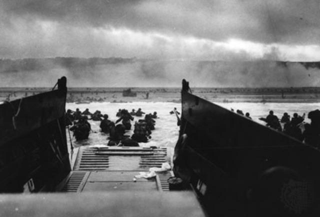 Les Alliés débarquent en Normandie