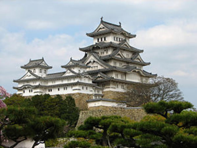 Himeji Castle is Completed