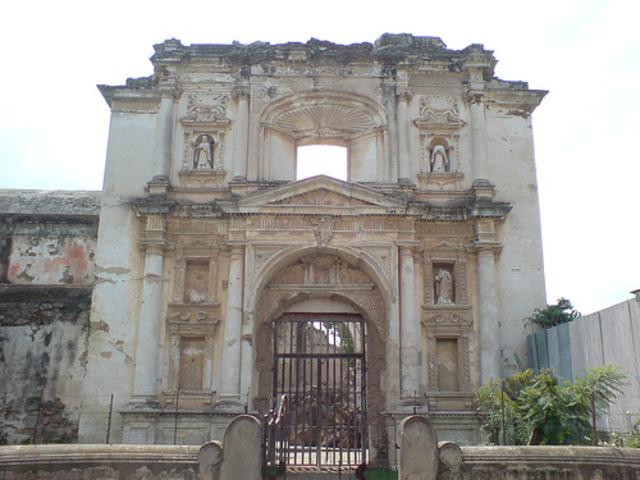Finalización del 2ndo Período. Terremotos de San Miguel.