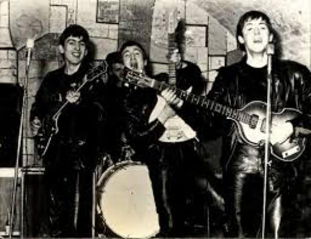 The Beatles debutan en el Cavern Club