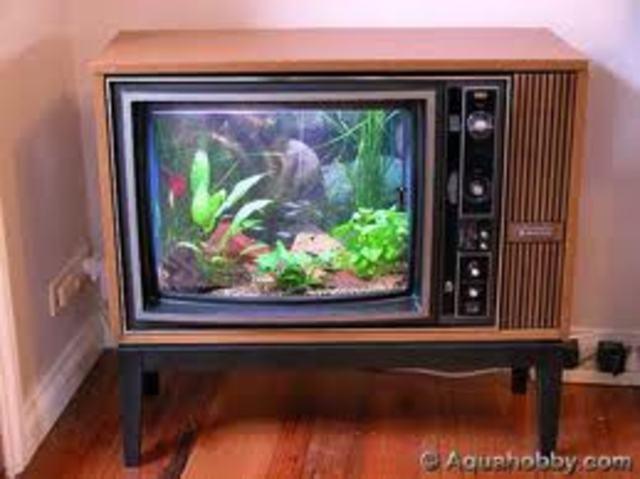 1926-1928: Se desarrolla la televisión y se transmite una señal sobre el océano
