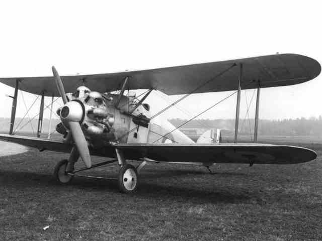 Hawker Woodcock is built
