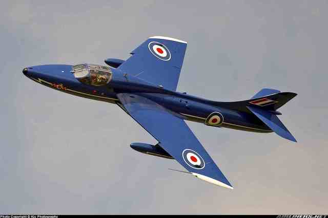 Hawker Hunter is built