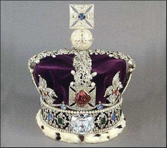 Dinastia Plantagenet se apodera de la corona Inglesa