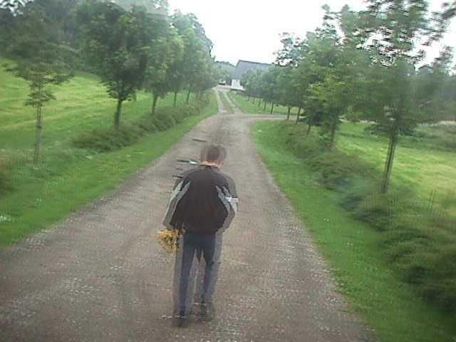 Efter gymnasietiden soldatertid på Sjælland