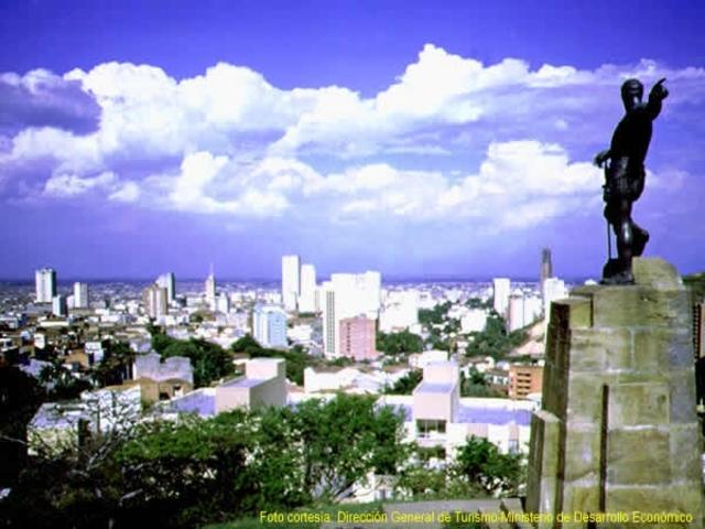 Sebastián de Belalcázar funda la ciudad de Santiago de Cali.