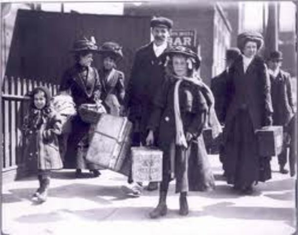 British immigrants arrive in Natal.
