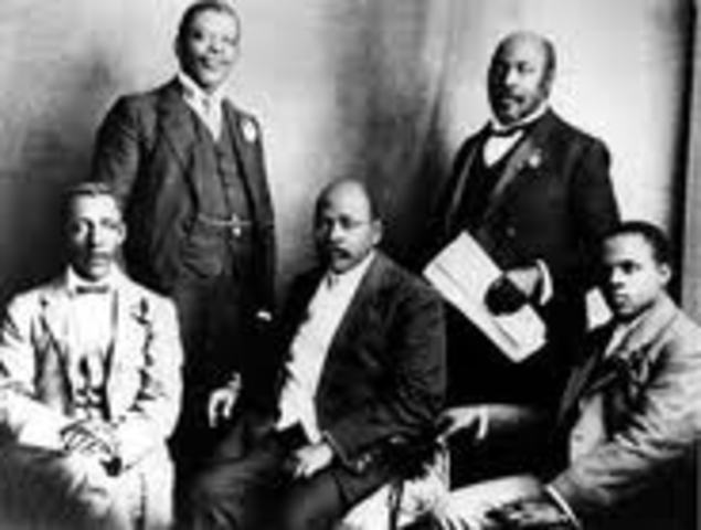 South African Native National Congress (SANNC) is established.