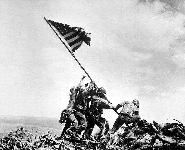Joe Rosenthal - Raising the flag