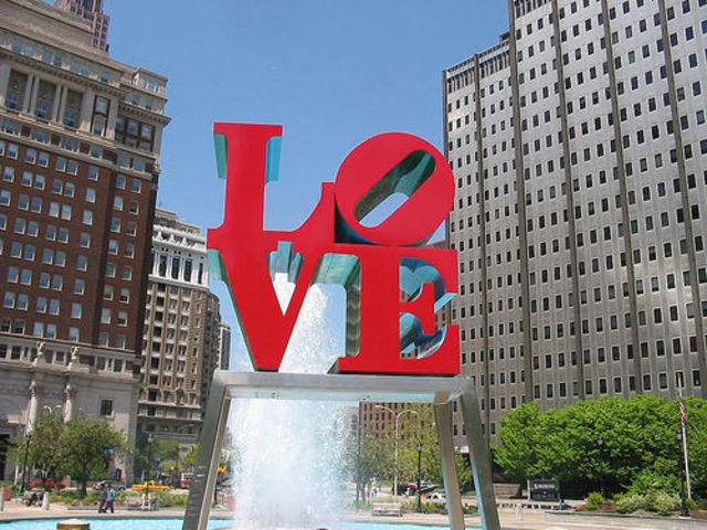 "Philadelphia ""LOVE"" Sculpture"