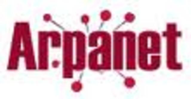 Primer sistema de red cientifica ARPANET.