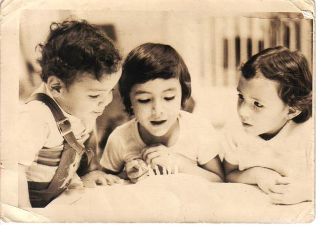 RM - Con Mis Hermanos
