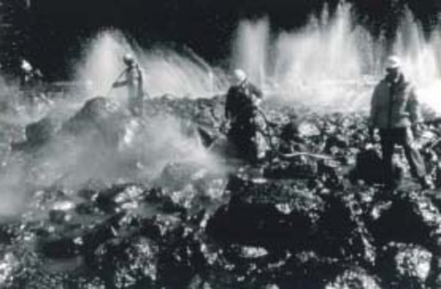 The tanker Exxon Valdez runs aground on Bligh Reef.