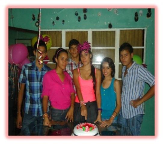 mis 18 con amigos y mi familia