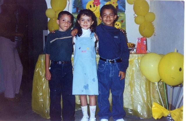 Mis Mejores Niñez Kevin Romero