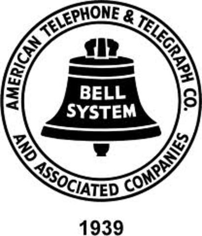Bell Labs creates system to syncronize music to movies