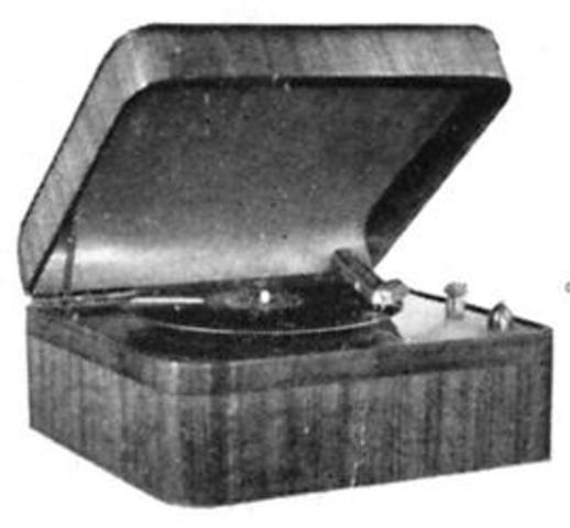 """Emile Berliner invents the flat record player (""""gramophone"""") using acoustic horn and licenses technology to record companies who make """"70-rpm"""" disks."""