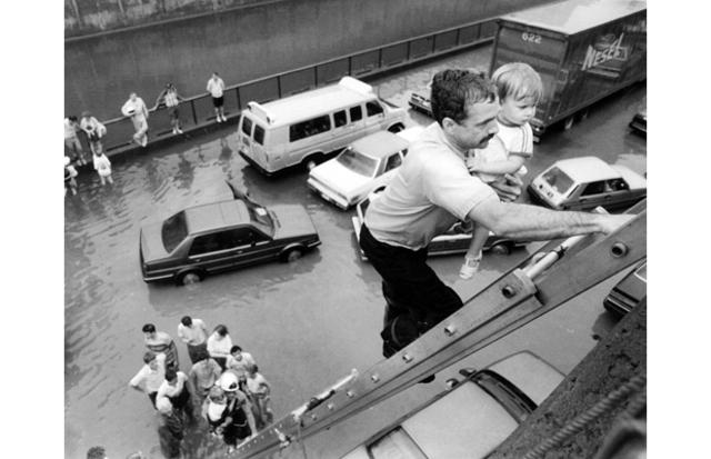 Montréal Hit by Flood