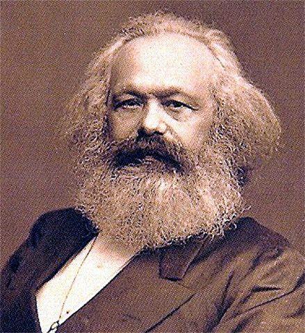 KARL MARX ( SOCIALISMO )