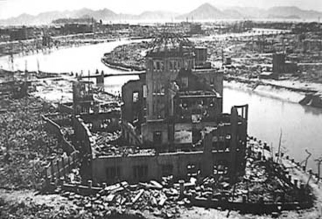 The dropping of the atomic bomb in herosheima
