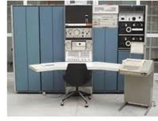 El bebe Unix en una DEC PDP-7.