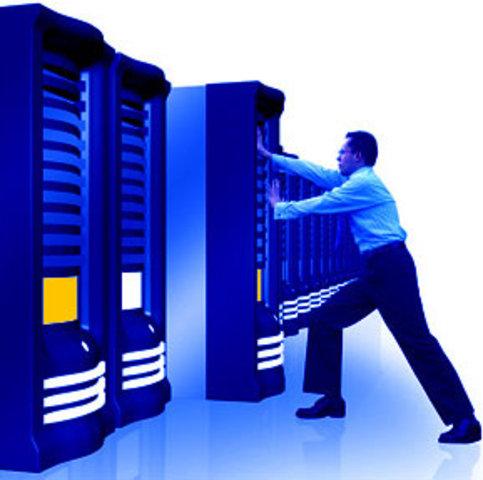 Linux participa fuertemente en el mercado comercial de servidores Web.