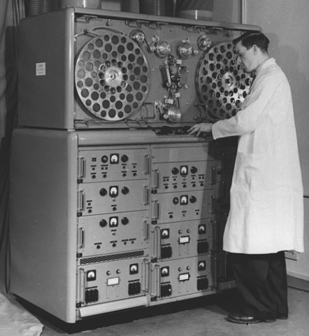 Charles Ginsburg invented the first video tape recorder (VTR).