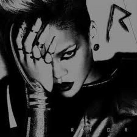 Rihanna is back!!!