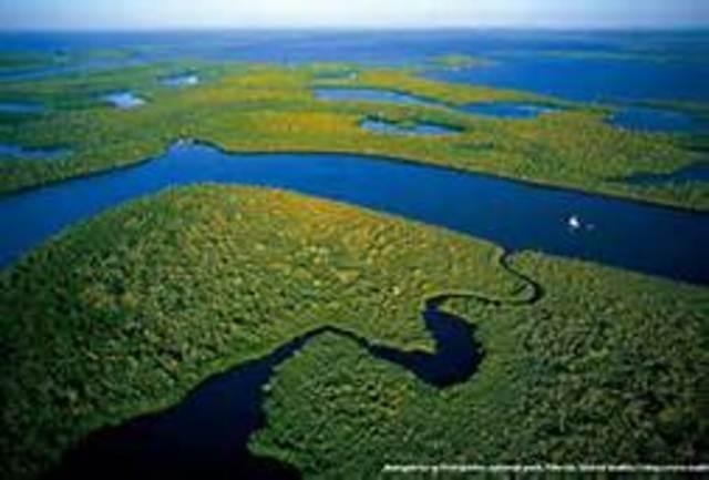 Everglade National Park Established