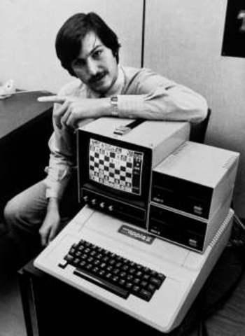 Steve Jobs Stars To Develpo Computers