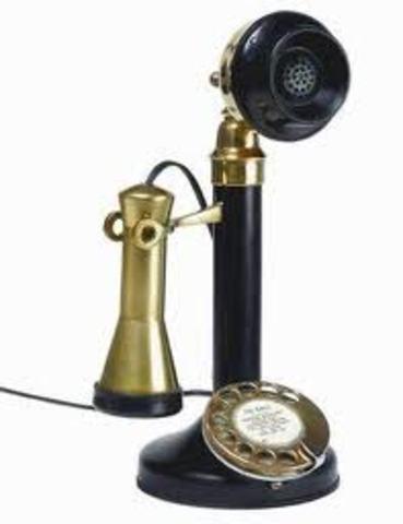 Se inventó el primer teléfono