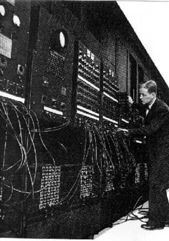 MAUCHLY Y ECKERT (EL COMPUTADOR ENIAC)