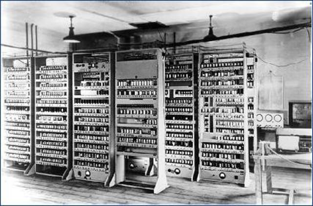 LA COMPUTADORA EDSAC