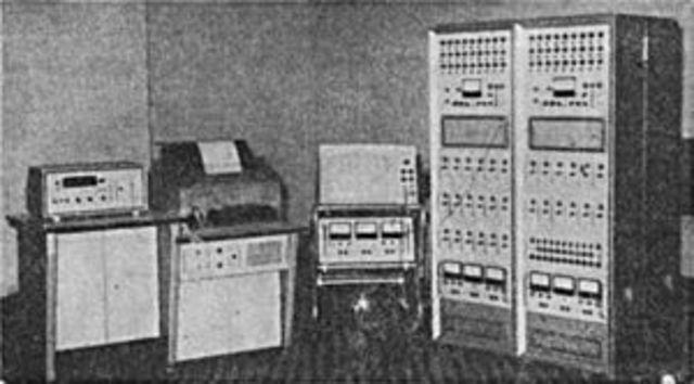 Máquinas operadas por analogía