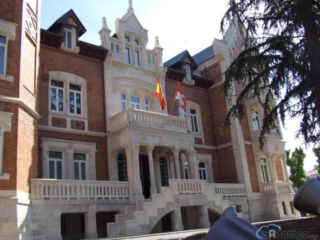Creación del Instituto Castellano y Leonés de la Lengua